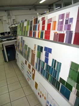 Примеры пигмента для окрашивания плитки, керамогранита